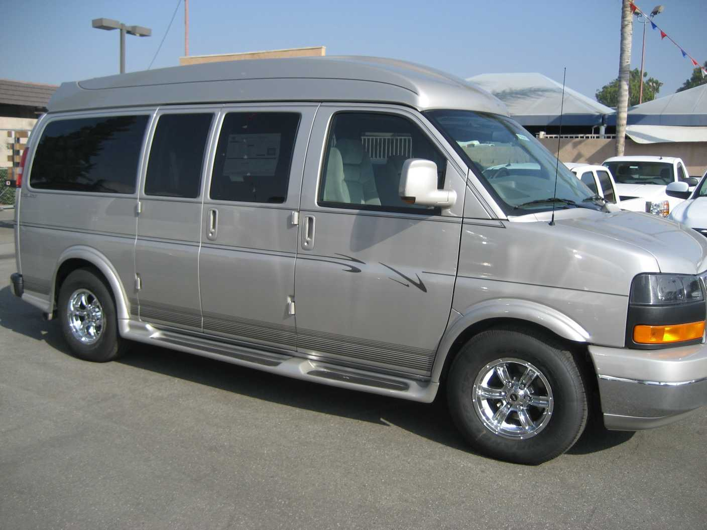 used gmc savana conversion vans for sale by owner in autos weblog. Black Bedroom Furniture Sets. Home Design Ideas